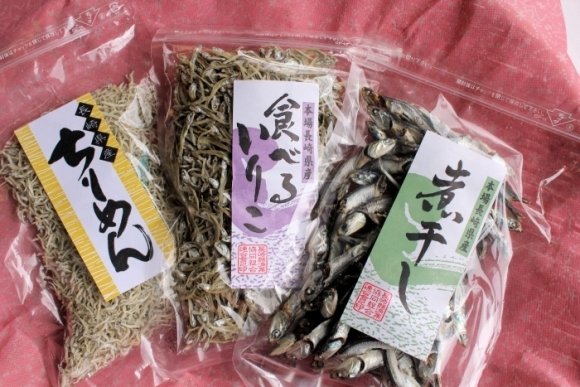 長崎産無添加煮干詰合せ(桐箱入り) - Additive-free Small dried sardines set (Tung boxed)